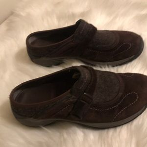 Merrell slip on shoes size 8